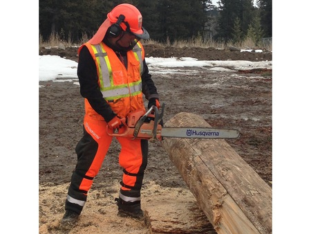 Toosey-FirstNation-chainsawsolo1